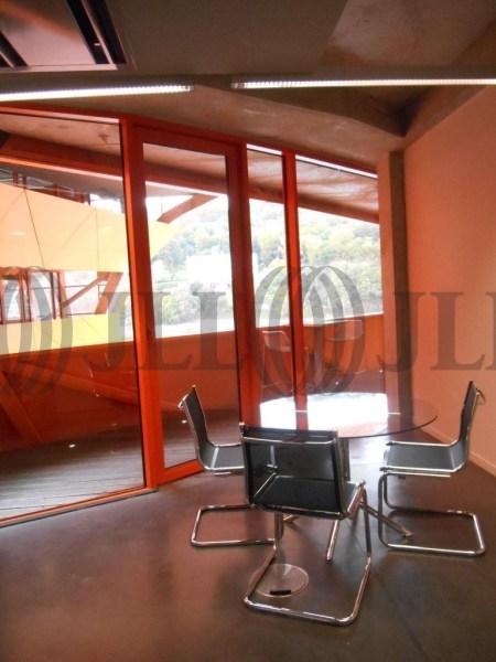 bureaux louer les docks les salins 69002 lyon 44377 jll. Black Bedroom Furniture Sets. Home Design Ideas
