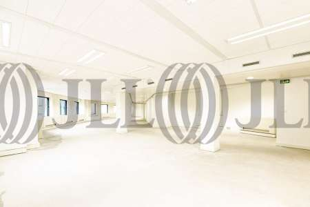 Bureaux à louer à PARIS 75014 - 10-18 PLACE DE CATALOGNE 3