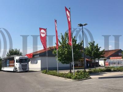 Fachmarktzentrum Hofheim i.UFr. foto I0318 2