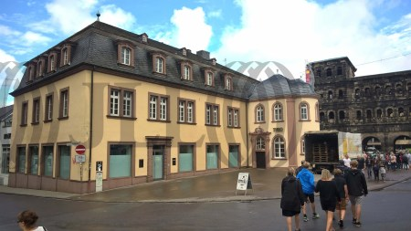 Geschäftshaus Trier foto I0330 1
