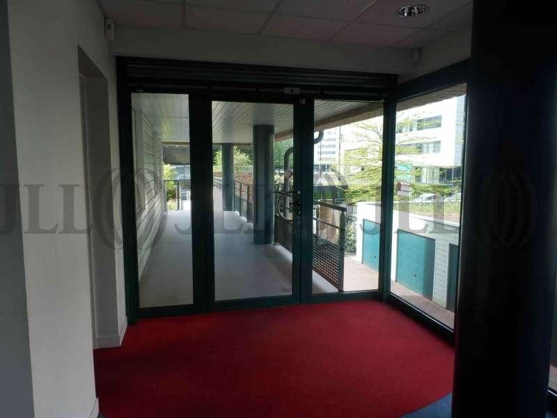 bureaux louer vendre clos des champs 59000 lille tl3788 jll. Black Bedroom Furniture Sets. Home Design Ideas