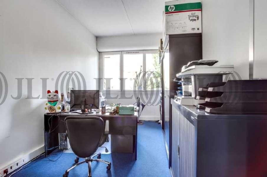bureaux louer vendre 33 35 rue ledru rollin 94200. Black Bedroom Furniture Sets. Home Design Ideas
