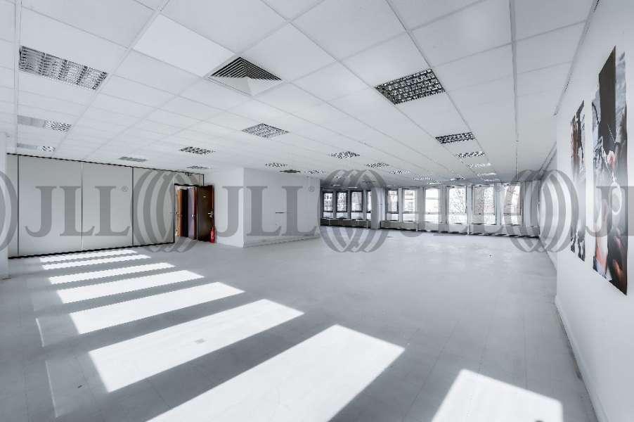 bureaux louer le major 93100 montreuil 26103 jll. Black Bedroom Furniture Sets. Home Design Ideas