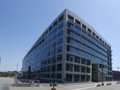 Immobili commerciali in italia per la vendita o locazione for Uffici eur roma