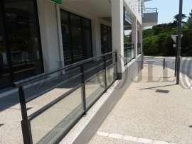 Commerce à vendre à VILLENEUVE LES AVIGNON 30400 - VILLENEUVE LES AVIGNON 1