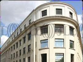 Bureaux à louer à PARIS 75015 - 1 RUE GASTON BOISSIER 1