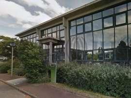 Bureaux louer rue louis de broglie 44300 nantes cl44 for Location garage nantes 44300
