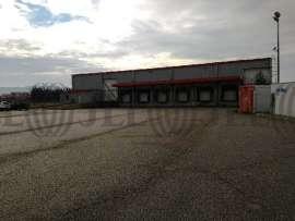 Entrepôt à vendre à ST PIERRE DE CHANDIEU 69780 - 30 RUE PIERRE ET MARIE CURIE 1