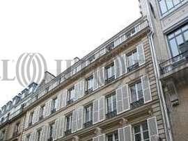 vente bureaux paris 10 me arrondissement 75010 jll. Black Bedroom Furniture Sets. Home Design Ideas