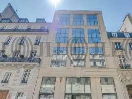 Bureaux à louer à PARIS 75008 - 33 RUE FRANCOIS 1ER 1