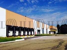 Entrepôt à louer à EPONE 78680 - IDF NORD / VAL DE SEINE 1
