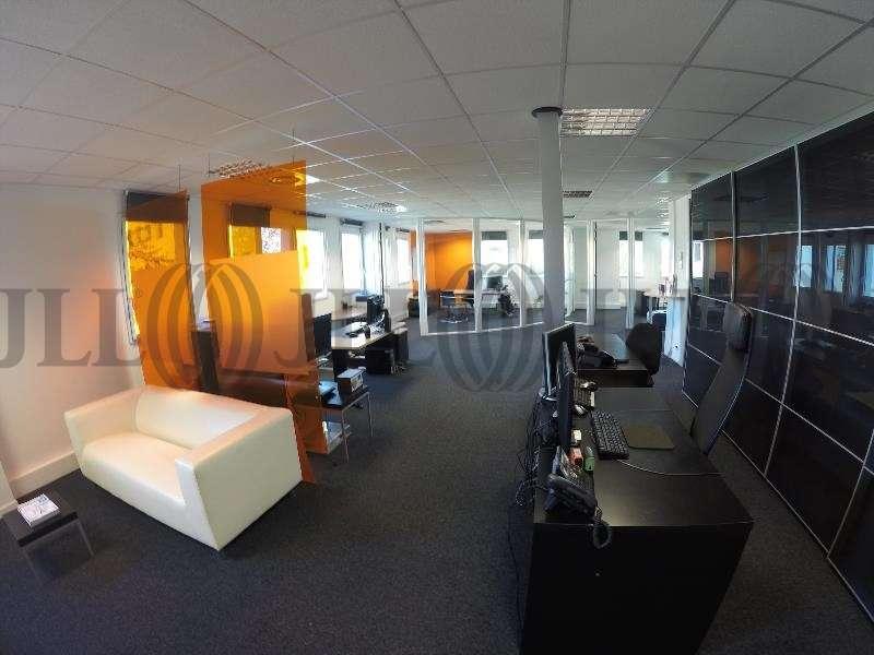 Bureaux A Louer 44300 Pays De La Loire Nantes Cl44 14379 Jll