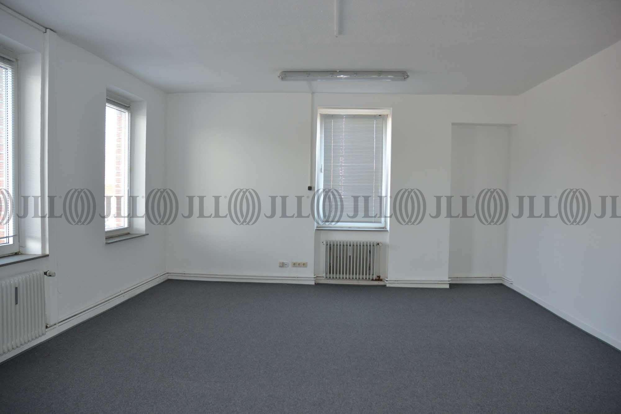 Hallen Hilden, 40721 - Halle - Hilden - D1605 - 9406861