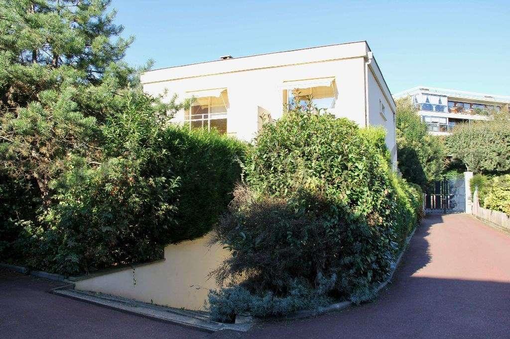 Bureaux Le chesnay, 78150 - 54 RUE MOXOURIS - 9467362