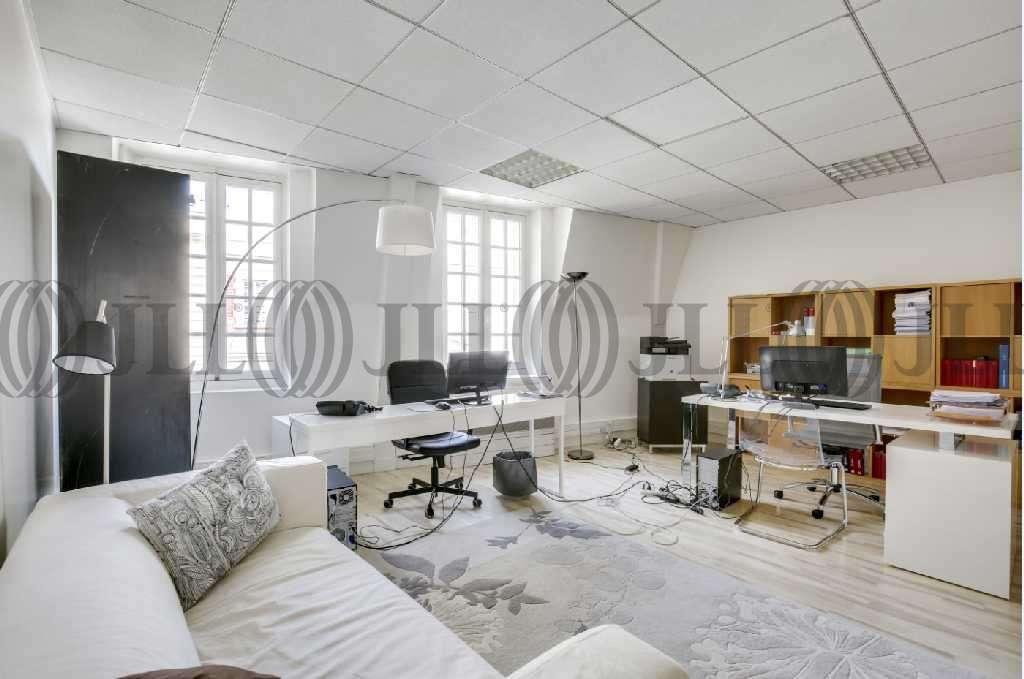 Bureaux Paris, 75016 - 2 RUE DE BASSANO - 9461909