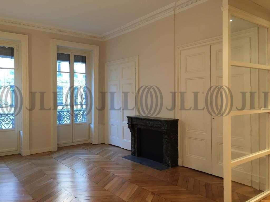 Bureaux Lyon, 69002 - 30 RUE DE LA REPUBLIQUE - 9570367