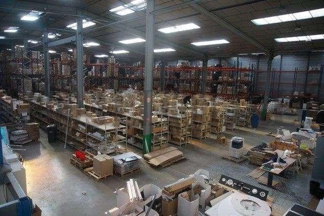 Activités/entrepôt Genay, 69730 - Locaux d'activité à louer - Transporteur - 9588345