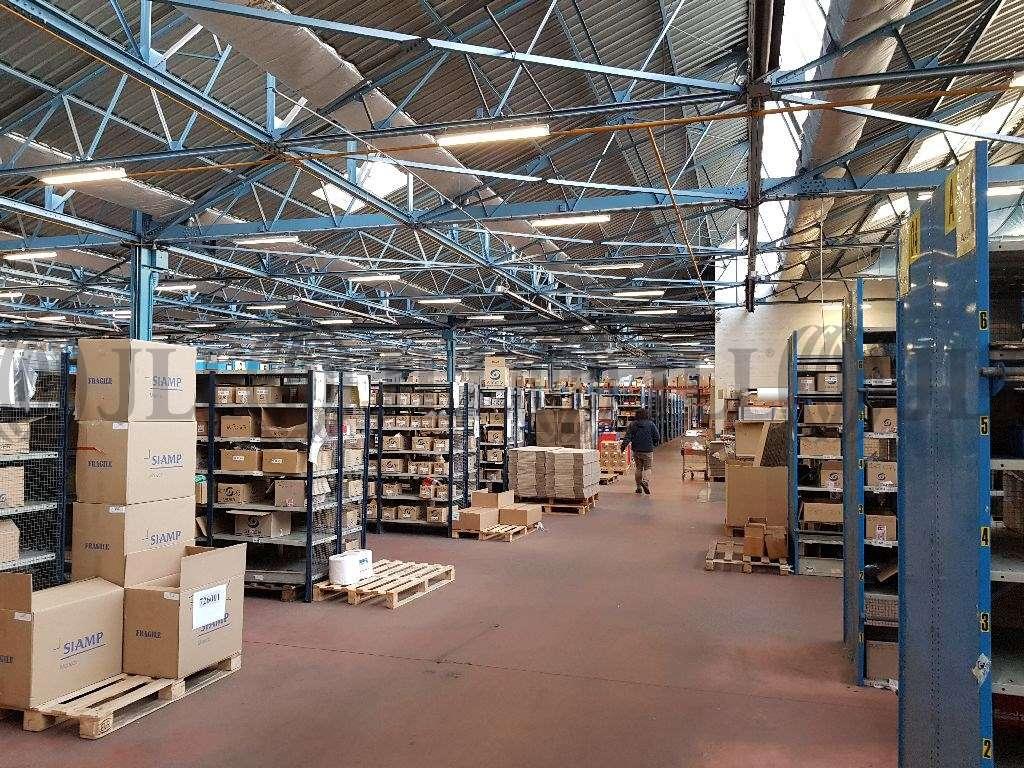 Activités/entrepôt Villeurbanne, 69100 - Entrepot à vendre Villeurbanne - Négoce - 9634688
