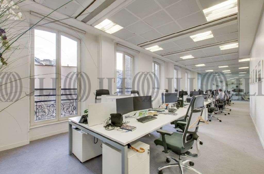 Bureaux Paris, 75008 - 8-10 RUE LAMENNAIS - 9641627