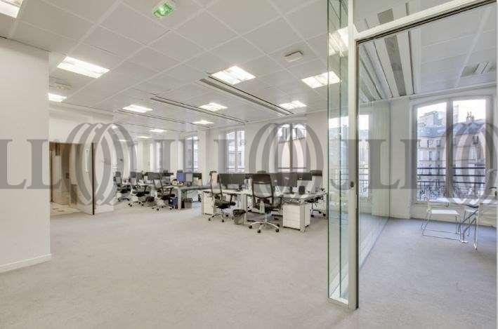 Bureaux Paris, 75008 - 8-10 RUE LAMENNAIS - 9641748