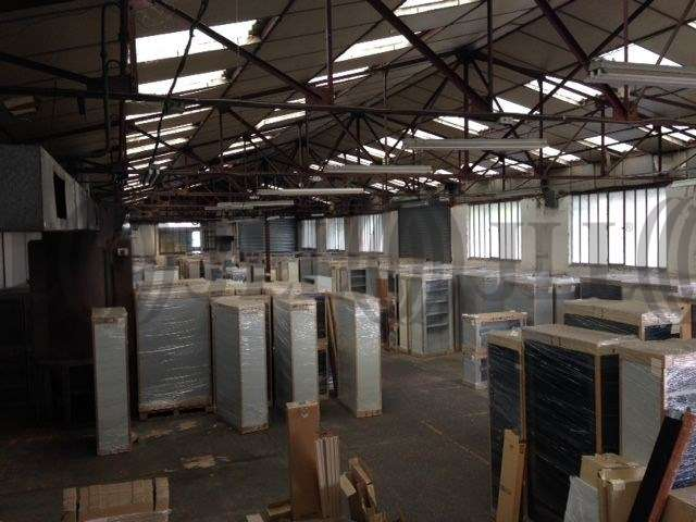 Activités/entrepôt Decines charpieu, 69150 - 9 RUE PAUL ET MARC BARBEZAT - 9802551