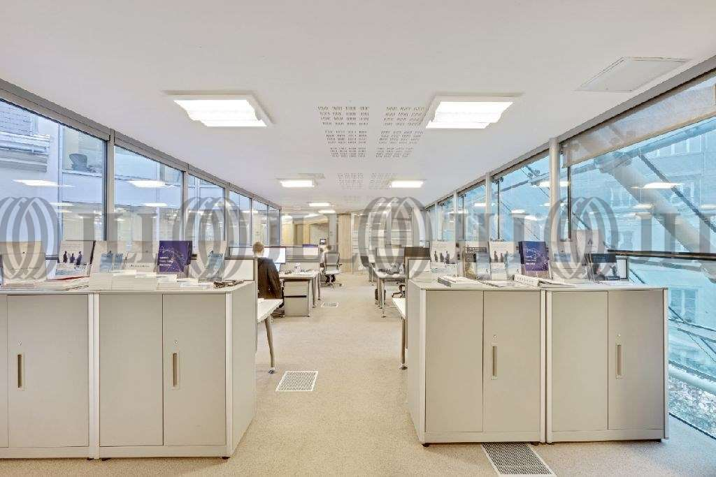 Bureaux Paris, 75008 - 24 RUE ROYALE - 9838078