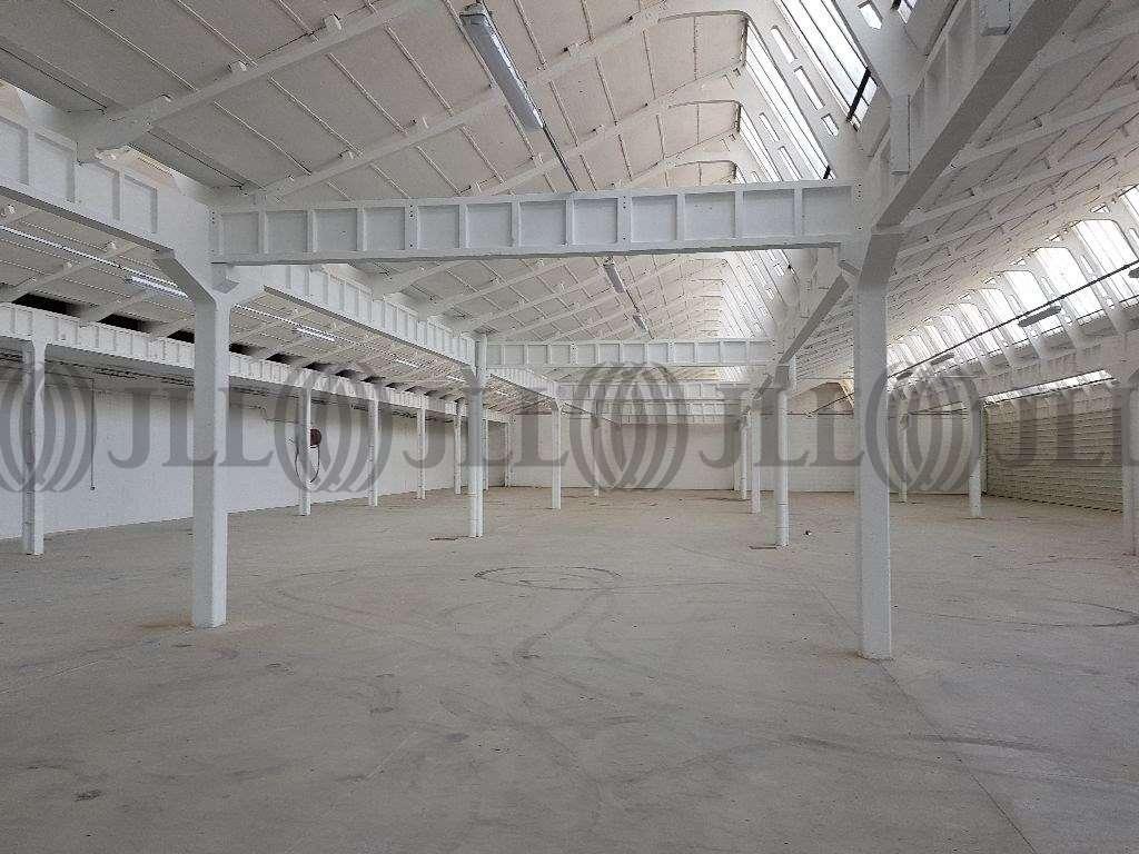 Activités/entrepôt Decines charpieu, 69150 - Location / Vente Entrepôt mixte  - 69 - 9873009