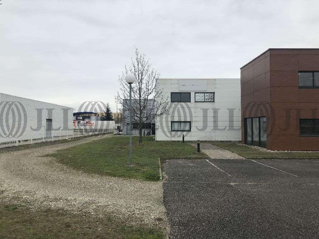 Activités/entrepôt Genas, 69740 - Bâtiment d'activité et de bureaux - Lyon - 9907936