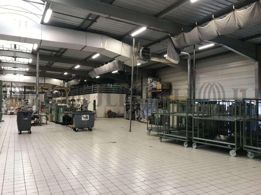 Activités/entrepôt Genas, 69740 - Bâtiment d'activité et de bureaux - Lyon - 9908176