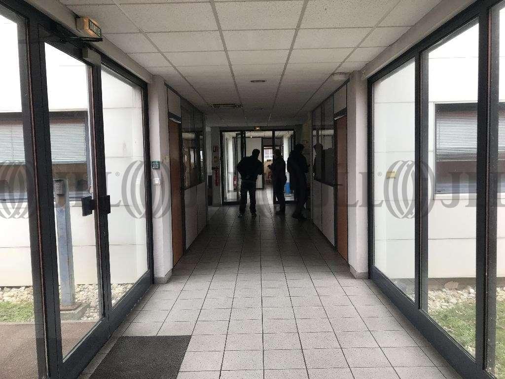 Activités/entrepôt Genas, 69740 - Bâtiment d'activité et de bureaux - Lyon - 9908177