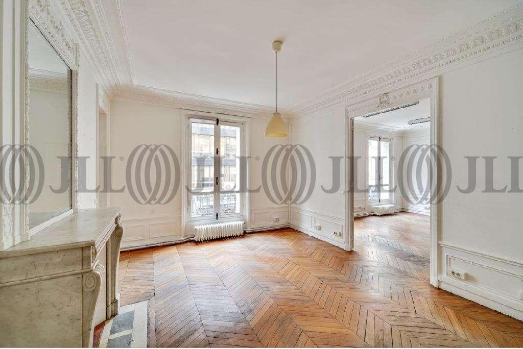 Bureaux Paris, 75008 - 35 RUE DE PONTHIEU - 9921206