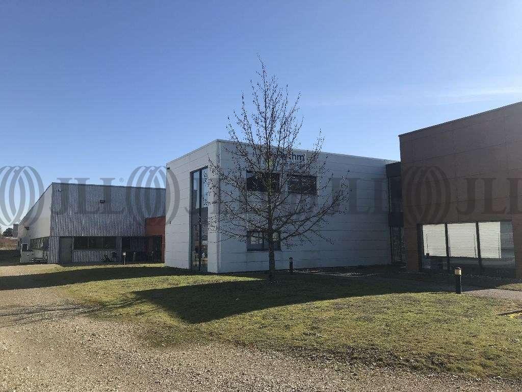 Activités/entrepôt Genas, 69740 - Bâtiment d'activité et de bureaux - Lyon - 9988898