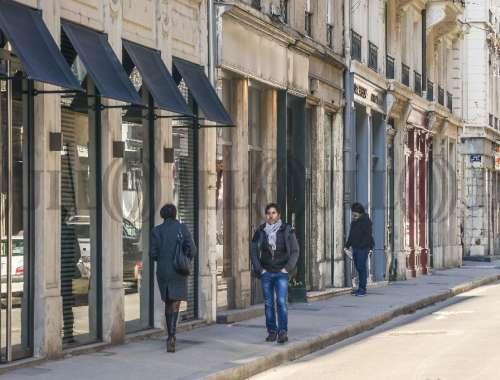 Commerces Lyon, 69002 -  RUE AUGUSTE COMTE - 9925641