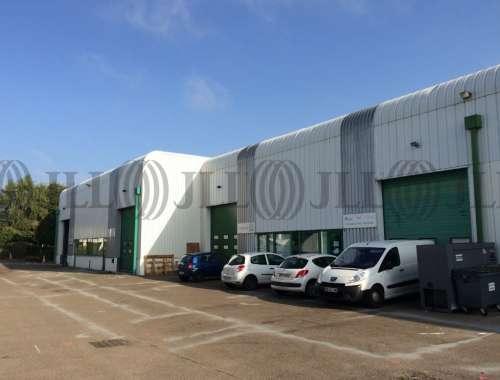 Activités/entrepôt Montigny le bretonneux, 78180 - undefined - 9930519