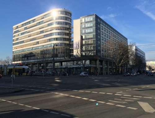 Hallen Berlin, 10407 - Halle - Berlin, Prenzlauer Berg - B1619 - 9932748