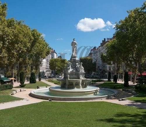 Commerces Lyon, 69006 -  PLACE MARECHAL LYAUTEY - 9467992