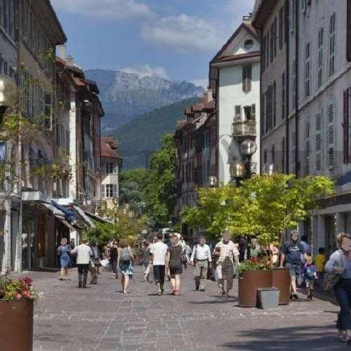 Commerces Annecy, 74000 -  RUE ROYALE - 9474433