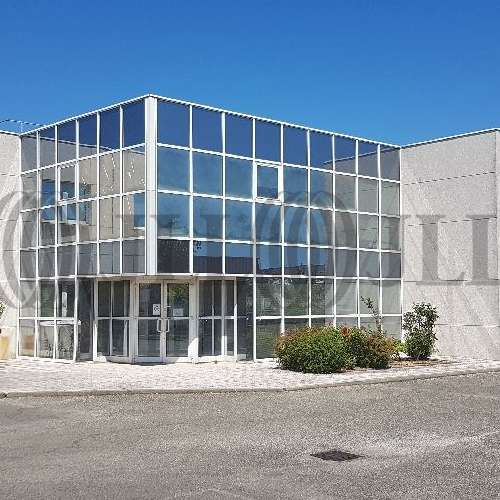Bureaux Bron, 69500 - Location entrepot Bron (Lyon) - Mixte - 9542435