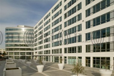 Location bureaux rueil malmaison 92500 jll - Location meublee rueil malmaison ...