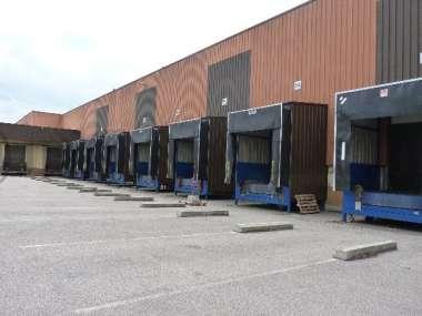 Entrepôt à louer à ST QUENTIN FALLAVIER 38070 - 10 RUE DU LUZAIS 1