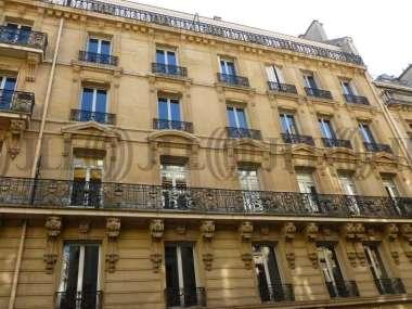 Bureaux à louer à PARIS 75008 - 33 RUE DE NAPLES 1