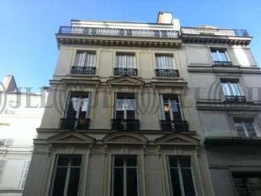 Bureaux à louer à PARIS 75008 - 9 RUE LAVOISIER 1
