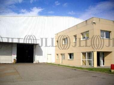 Entrepôt à vendre à REYRIEUX 01600 -  LES COMMUNAUX 1