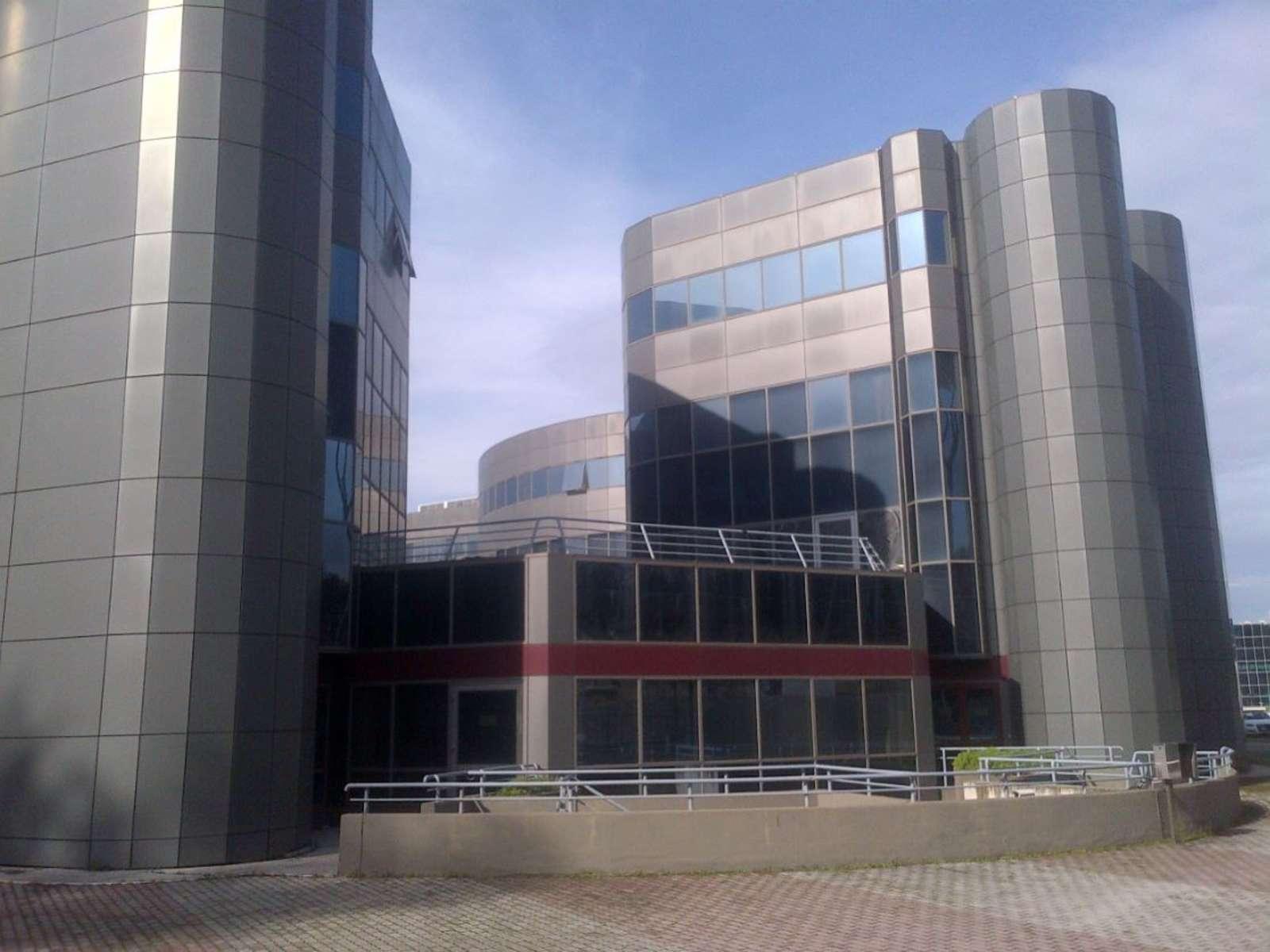 Tiburtina 1224 uffici immobili per in locazione jll for Uffici in affitto roma
