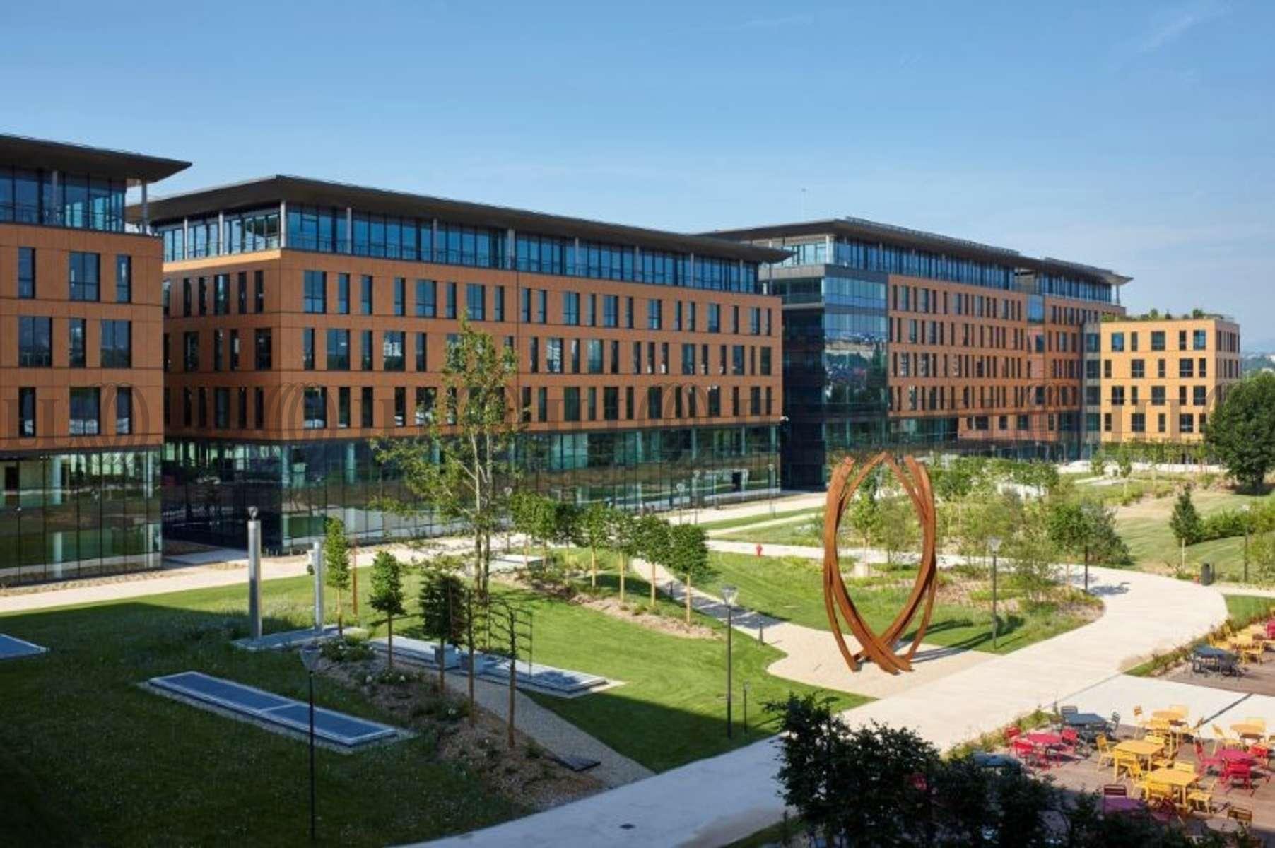 Bureaux louer campus lyon gerland 69007 lyon 44122 jll for Avenue jules dujardin 5