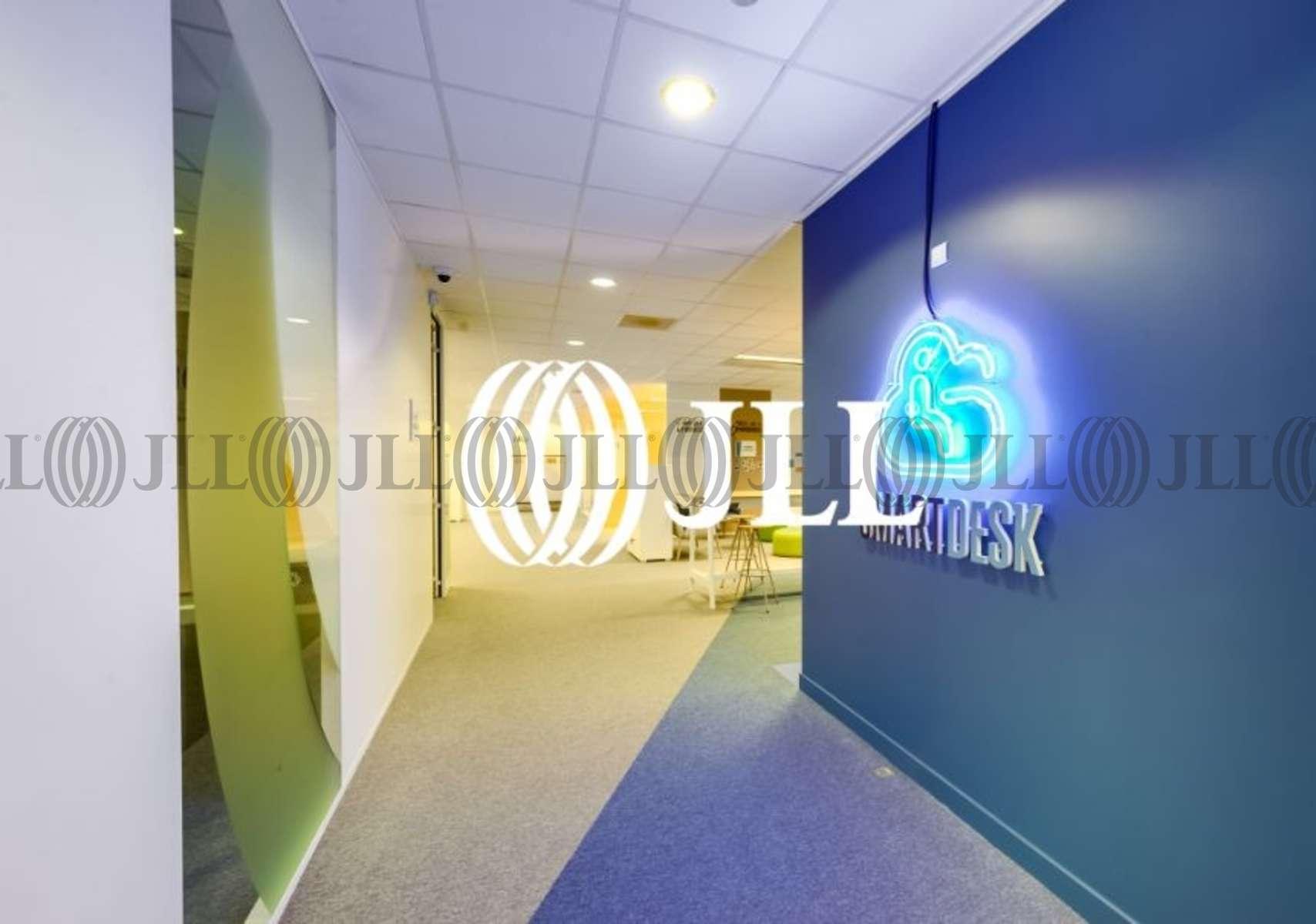 Location bureaux evry m²