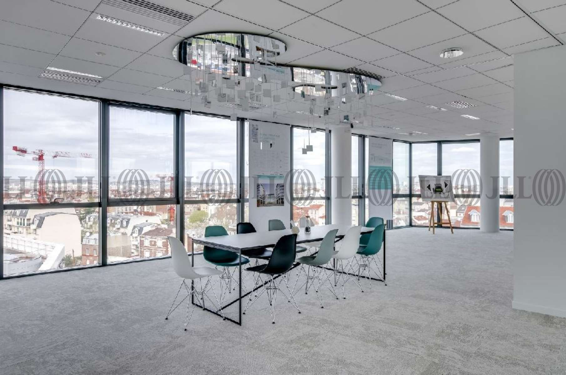Trame de bureaux immeuble de bureaux moderne rebecca image stock