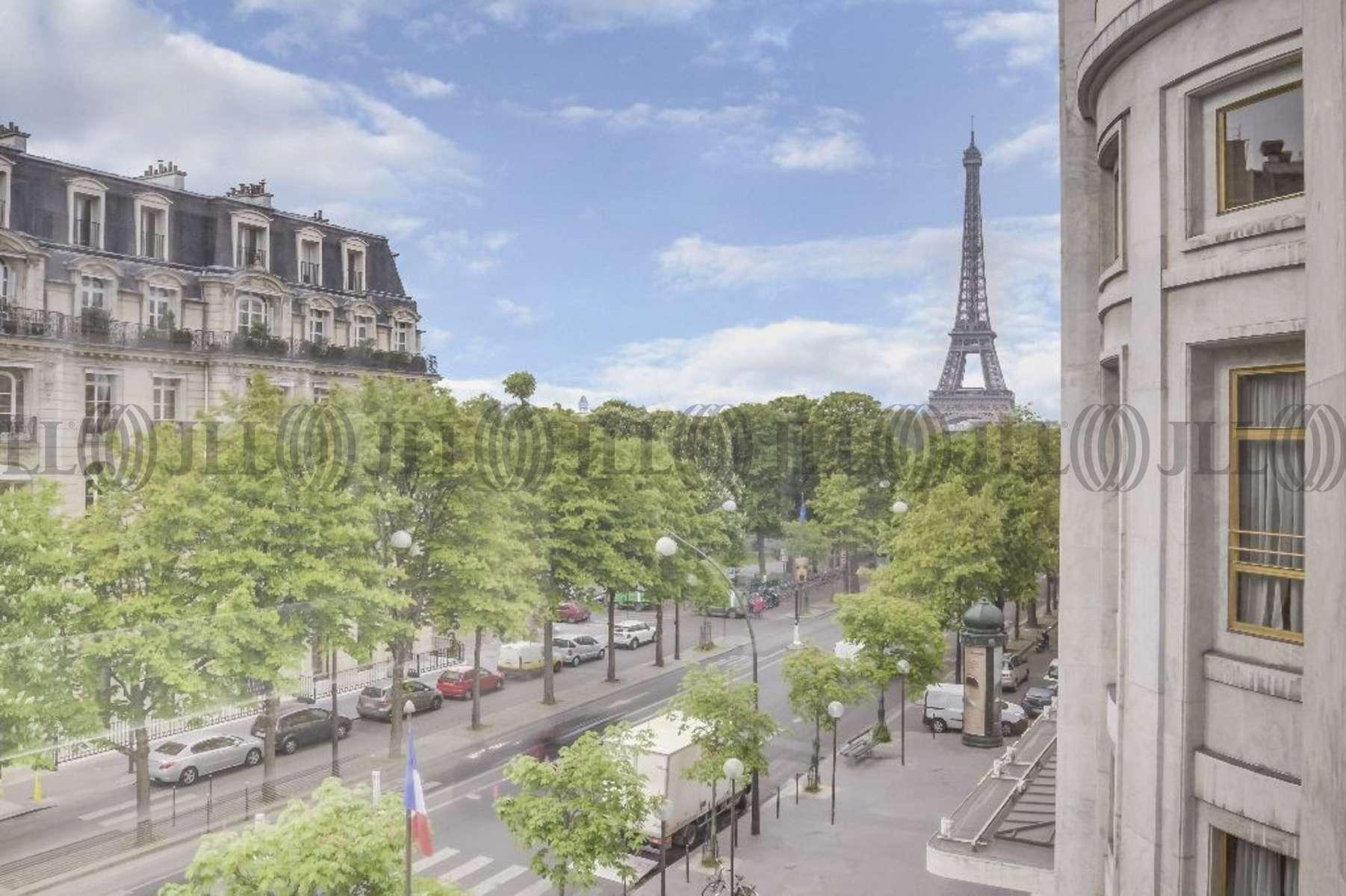 Bureaux louer 17 19 avenue montaigne 75008 paris 55750 jll - Location bureaux paris 17 ...