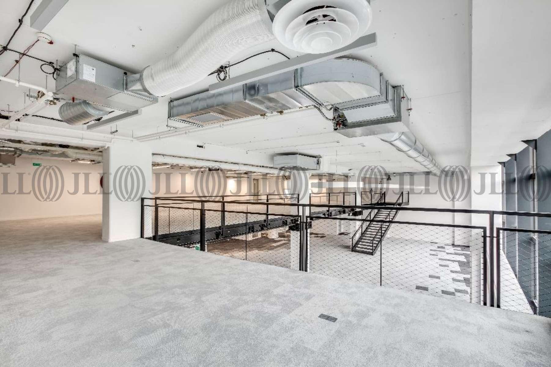 bureaux louer immeuble lumiere 75012 paris 51718 jll. Black Bedroom Furniture Sets. Home Design Ideas