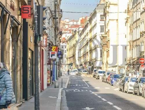Commerces Lyon, 69002 -  RUE DE BREST - 9925635